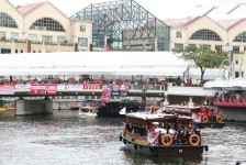 Photos of Liverpool FC River Cruise ~ The Kop Comes to Asia !!