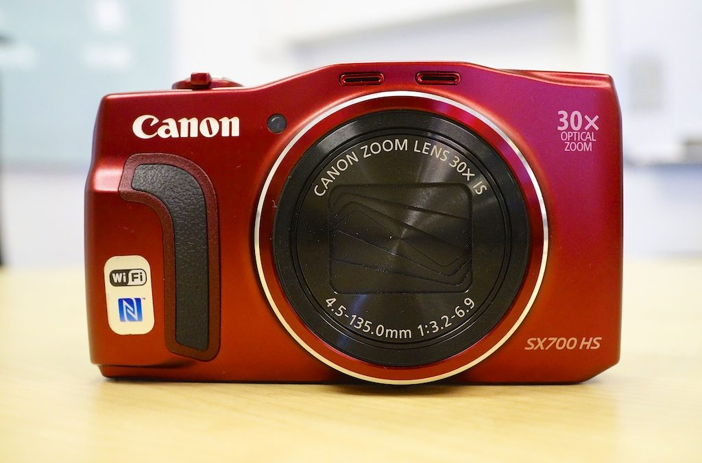 Canon PowerShot SX700HS Review