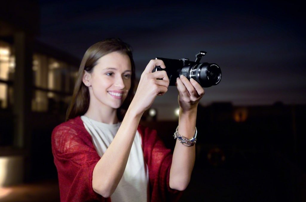 Sony Expands Lens-Style Camera Line-Up and Introduces New Interchangeable-Lens Concept