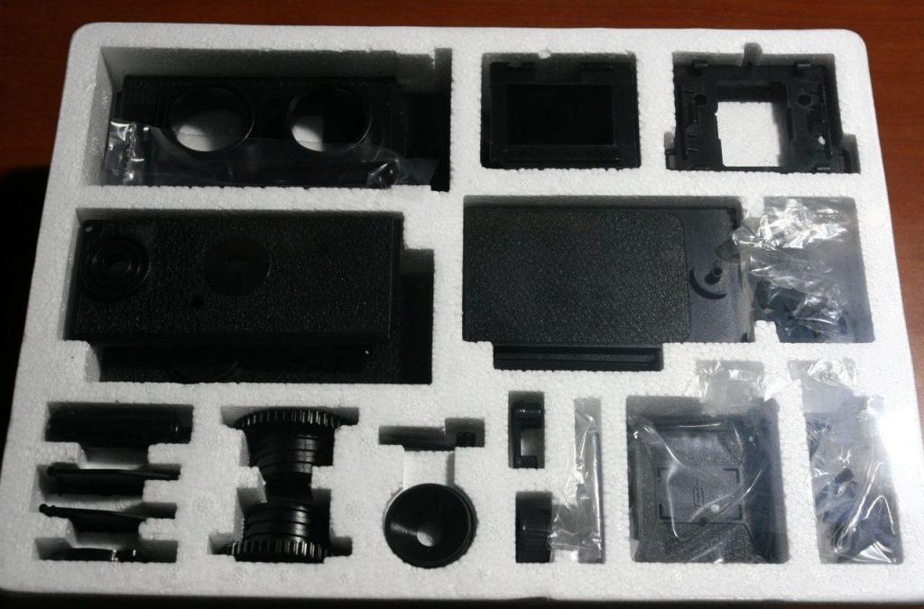 Constructing & Transforming GakkenFlex 35mm TLR